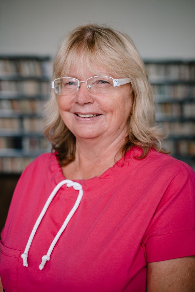 Mgr. Olga Živnůstková